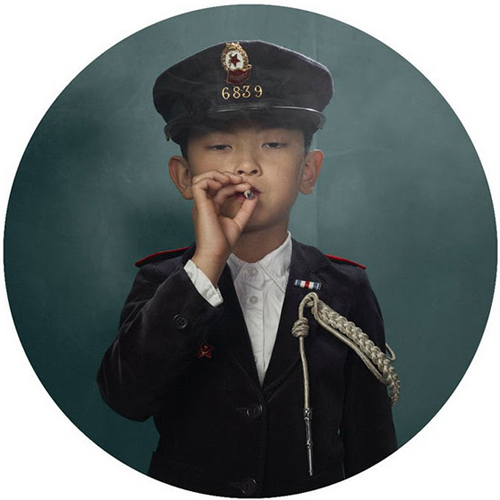 Smoking Kids by Frieke Janssens: frieke_janssens_9_20111127_1417058879.jpg