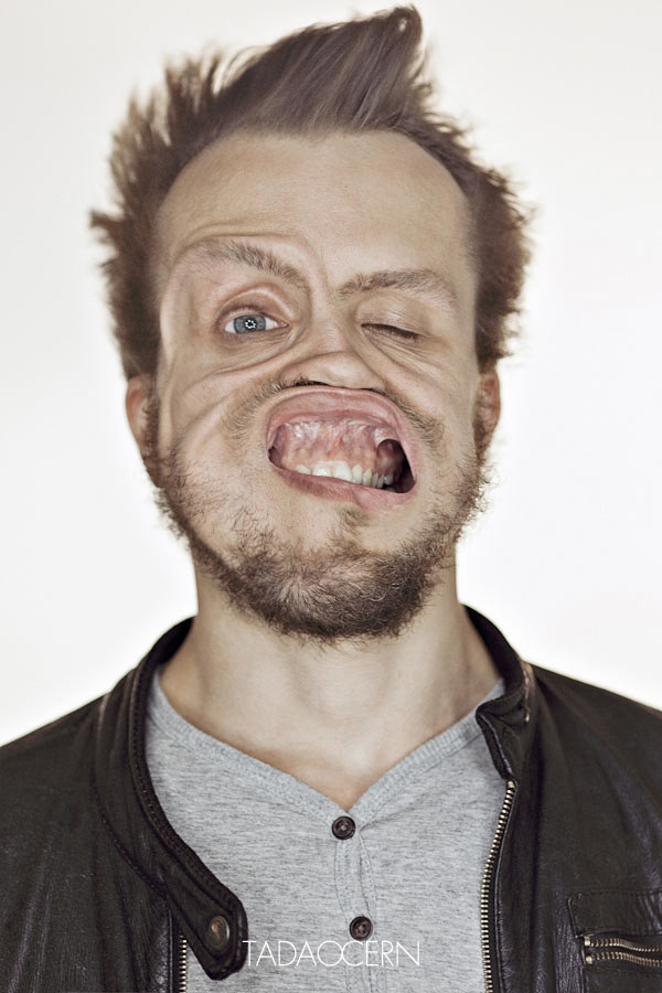 Gale Force Wind to the Face by Tadao Cern: 6112ce3afef2fde10a39cd15c62abfd8.jpg